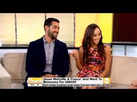 Star Couple Jesse Metcalfe & Cara Santana Visit The Couch