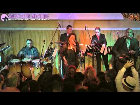 Celia Cruz medley - La India in Salsa Club Mystique Amsterdam 26-09-2014