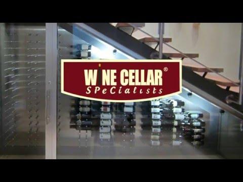 modern-**custom-wine-cellar**-in-glass-&-brushed-aluminum