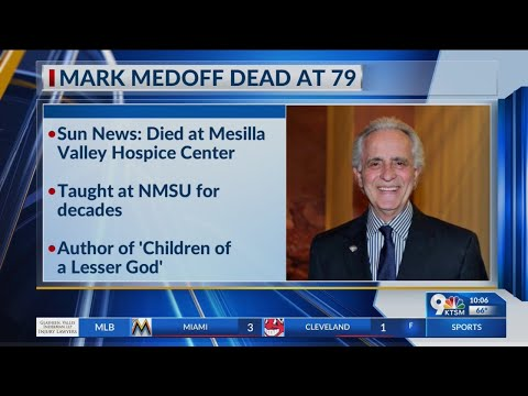 Playwright Mark Medoff dies