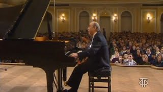 Vladimir Krainev plays Chopin Barcarolle, Scherzo 1, Mazurkas, Polonaise - video 1994