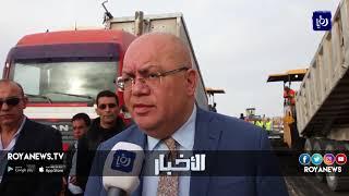 وزير الأشغال يتفقد سير العمل في الطريق الصحراوي