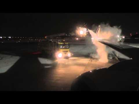 Departure from Gdansk / Start z lotniska w Gdańsku - Ryanair Boeing 737-800