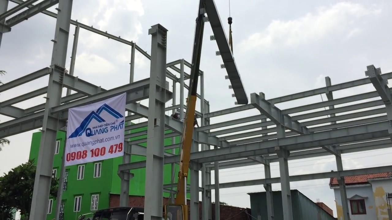 Lắp dựng khung kèo nhà thép tiền chế Quang Phát