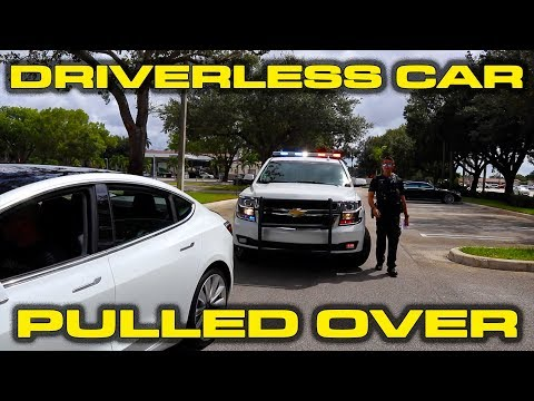 Police Pull Over Driverless Tesla Model 3 that was using Smart Summon Feature