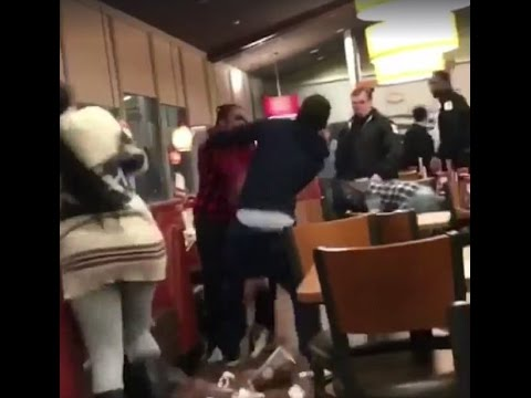 Graphic fight breaks out at Denny's restaurant
