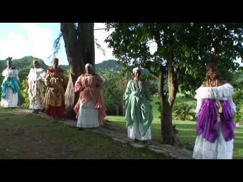 Robes traditionnel martinique youtube for Don de robe de mariage militaire