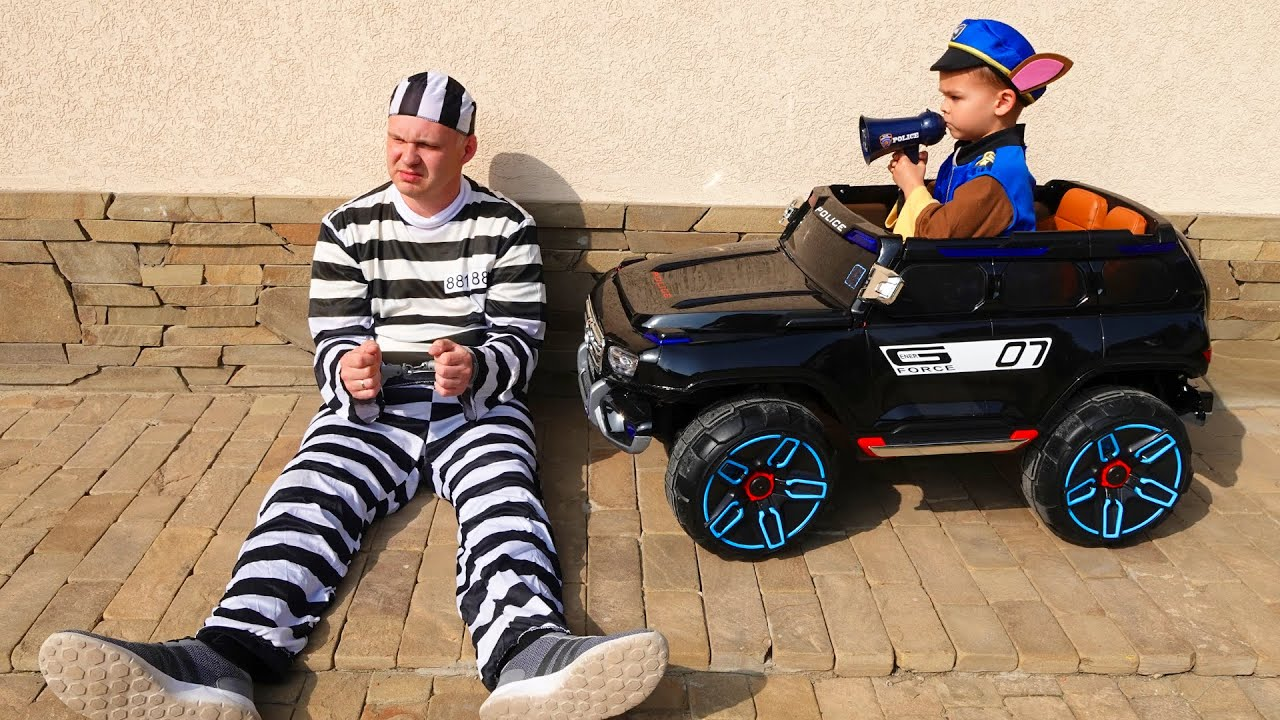 Pretend play police funny stories about cars