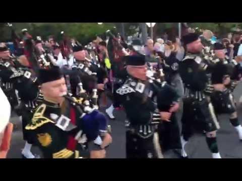 The Victoria Scottish regiment at the Victoria symphony splash part 1