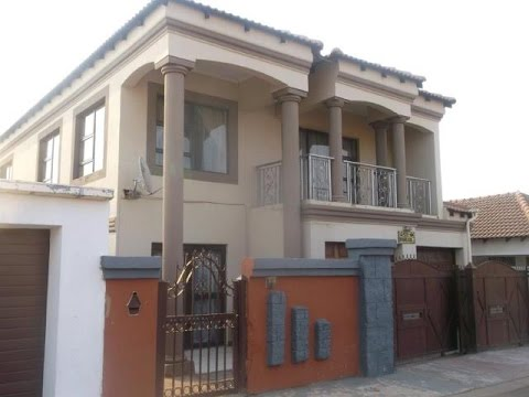 5 Bedroom House For Sale in Nellmapius, Pretoria, Gauteng, South Africa for ZAR 1,500,000
