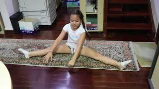 HALARIOUS GIRL DOING GYMNASTICS