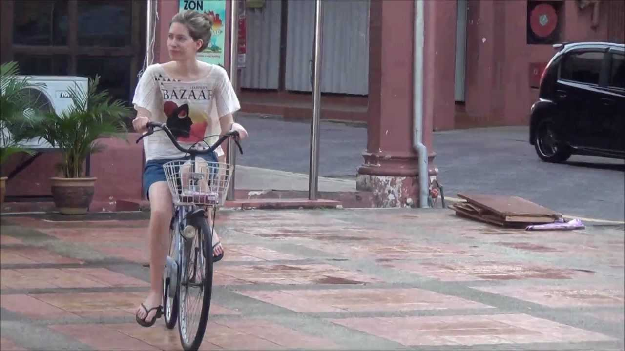 how to get around in malacca for tours