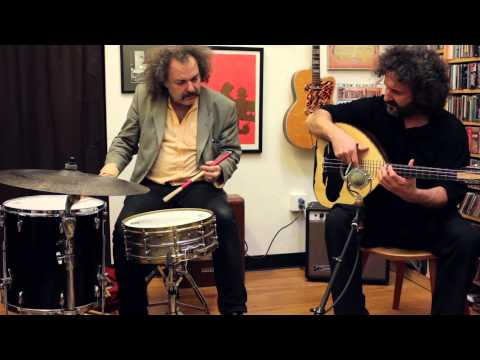 "Xylouris White - ""Suburb"" (Fretboard Journal)"