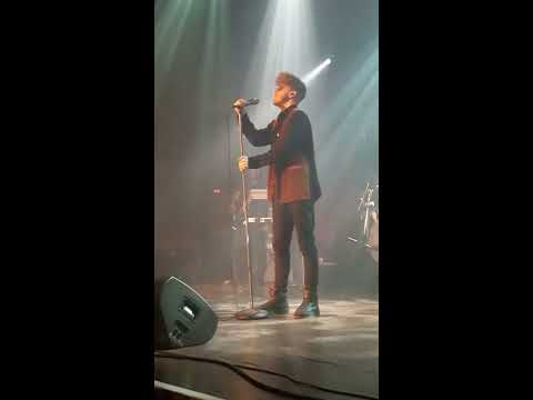 """Daley performs """"Until The Pain is Gone"""" in Chicago at HOB, 4/17/17"""