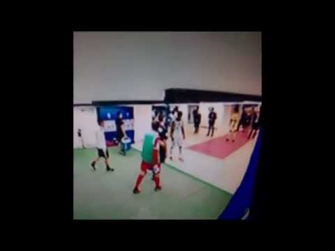 Brandao hits Thiago Motta