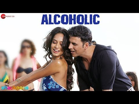 ALCOHOLIC Official Video | The Shaukeens | Yo Yo Honey Singh | Akshay Kumar Lisa Haydon party chull