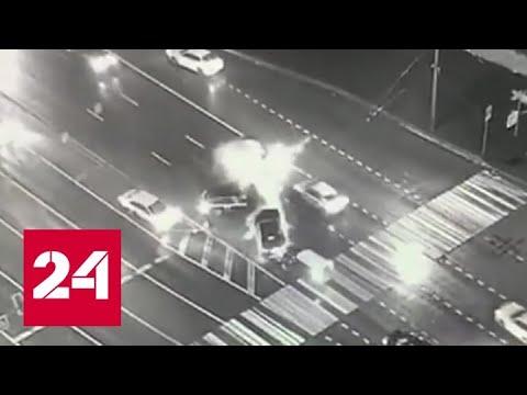 Массовое ДТП на севере Москвы, один человек погиб - Россия 24