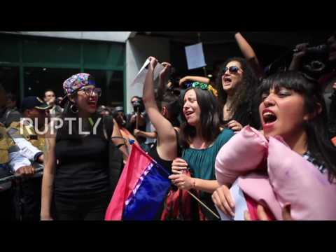 Mexico: Tens of thousands rally against same-sex marriage in Mexico City