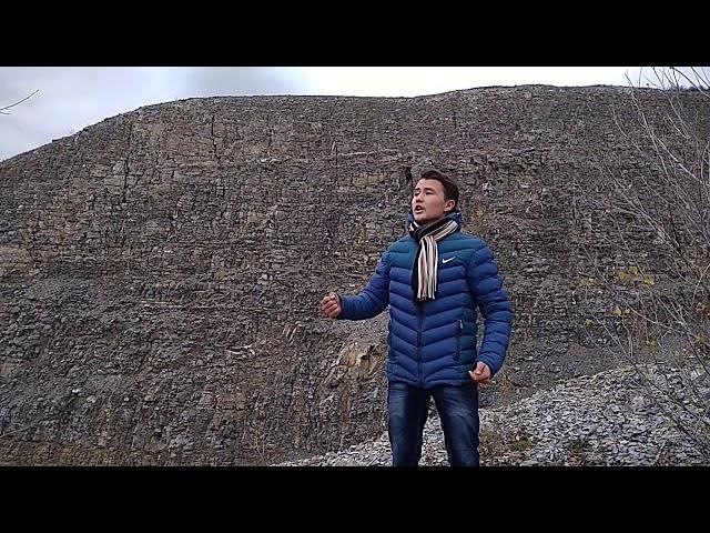 Изображение предпросмотра прочтения – РалифУмергалин читает произведение «Горы» (Карим Мустай)