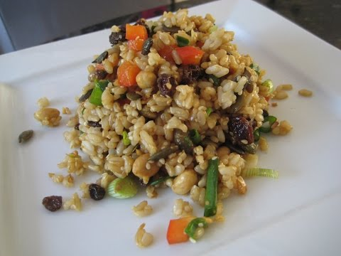 How to make a Healthy Brown Rice Salad