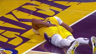 Anthony Davis Heads To Locker Room After Scary Fall On Back Against New York Knicks