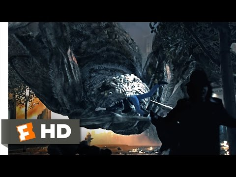 Spiders 3D (10/12) Movie CLIP - The Queen's Rampage (2013) HD