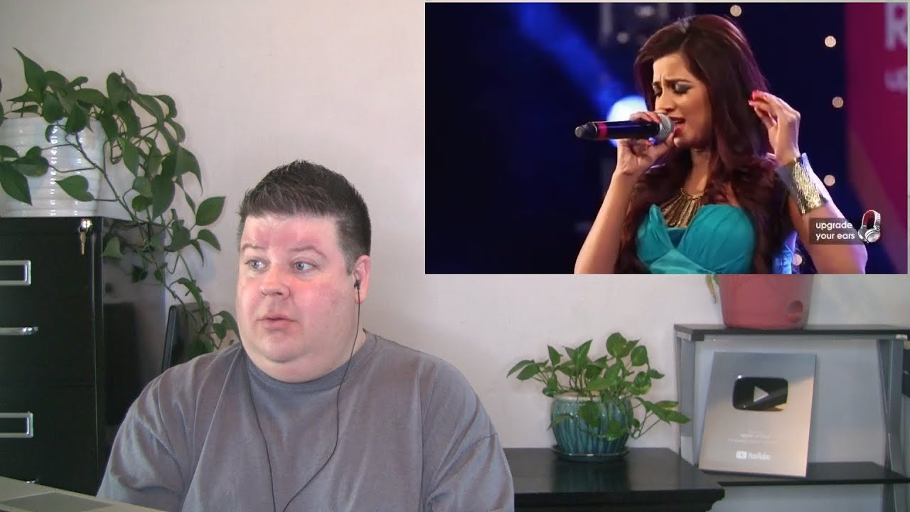Voice Teacher Reacts to Shreya Ghoshal - Tujh Mein Rab Dikhta Hai