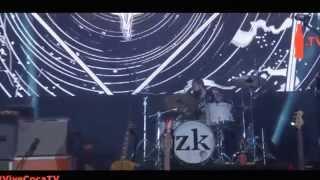 Zurdok Feat. Jay de La Cueva ,Pato Machete- Tropecé/Gallito Ingles en vivo Vive Latino 2014 Feat
