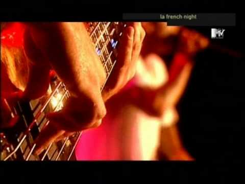Limp Bizkit - Take a Look Around [Live @ Finsbury park - London]  Good quality!