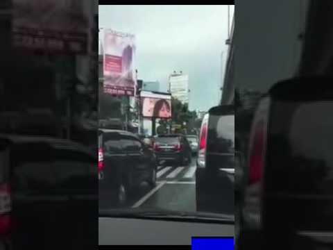 heboh papan iklan di jakarta menampilkan video mesum gan