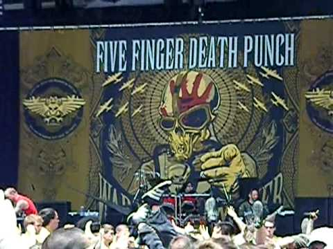 (Dying Breed) Five Finger Death Punch at Rock on the Range