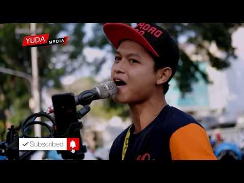 Aku Cinta Kau dan Dia - Dewa 19 (Cover Musisi Jalanan Malang)