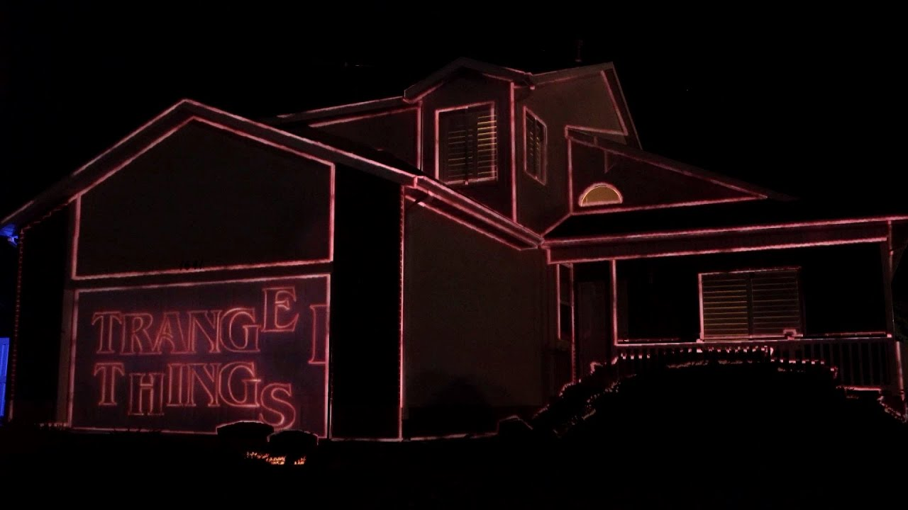 2019 Stranger Things Halloween House Projection Mapping Display Live