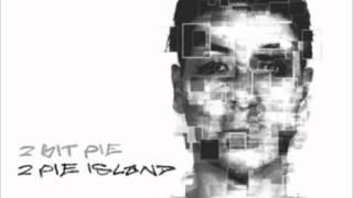 2 Bit Pie - Fly
