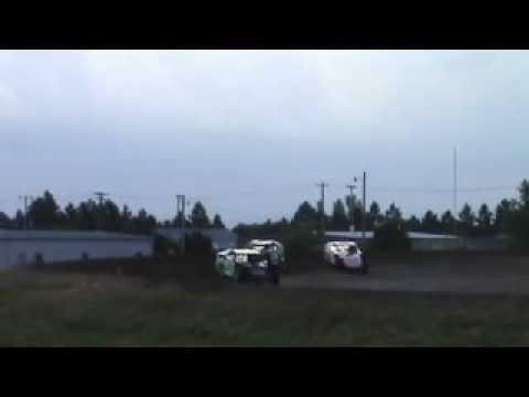 McCook modified heat race 6-11-2010
