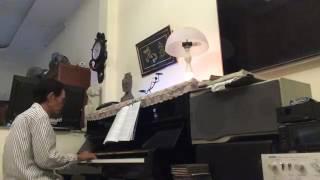 XIUCOICOI HỌC ĐÀN CHIẾC LÁ THU PHAI PIANO