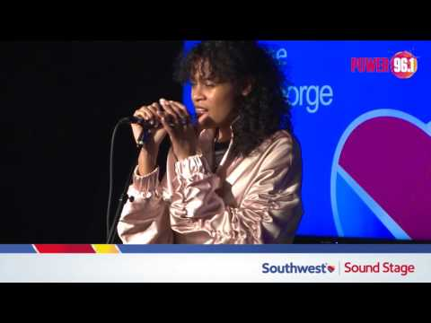 AlunaGeorge at the Southwest Soundstage