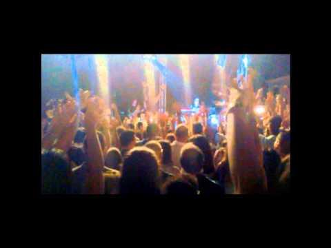 Fine #estate2018 #live. #23settembre: Stasera #FabrizioMoro a #Pianopoli per la #Madonna #Addolorata: ecco il suo #concerto a #GioiaTauro del #13Agosto2015. #Moro #NonMiveteFattoNiente #ParoleRumorieAnniTour #ViadelleGirandole10 #BuonaDomenica - UkusTom