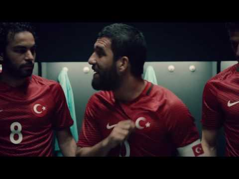 Presents Half-time Speech | Nike Football