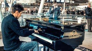 WONDERWALL [Oasis] Piano Cover at Mainstation Utrecht – THOMAS KRÜGER