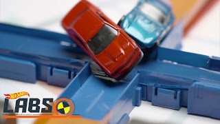 Download Video Tabrakan Hebat | Hot Wheels Labs | Hot Wheels MP3 3GP MP4