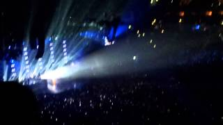 "Beyoncé - ""I Will Always Love You/Halo"" (Mrs Carter World Tour - O2 World Berlin - 24.05.2013)"