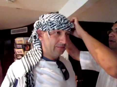 How to tie an Arafat Head Scarf