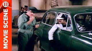 Rajinikanth Sale Commissioner's Car In Garage - Jeet Hamaari
