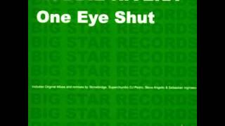 Robbie Rivera - One Eye Shut (Stand Tall Fists Up Remix)
