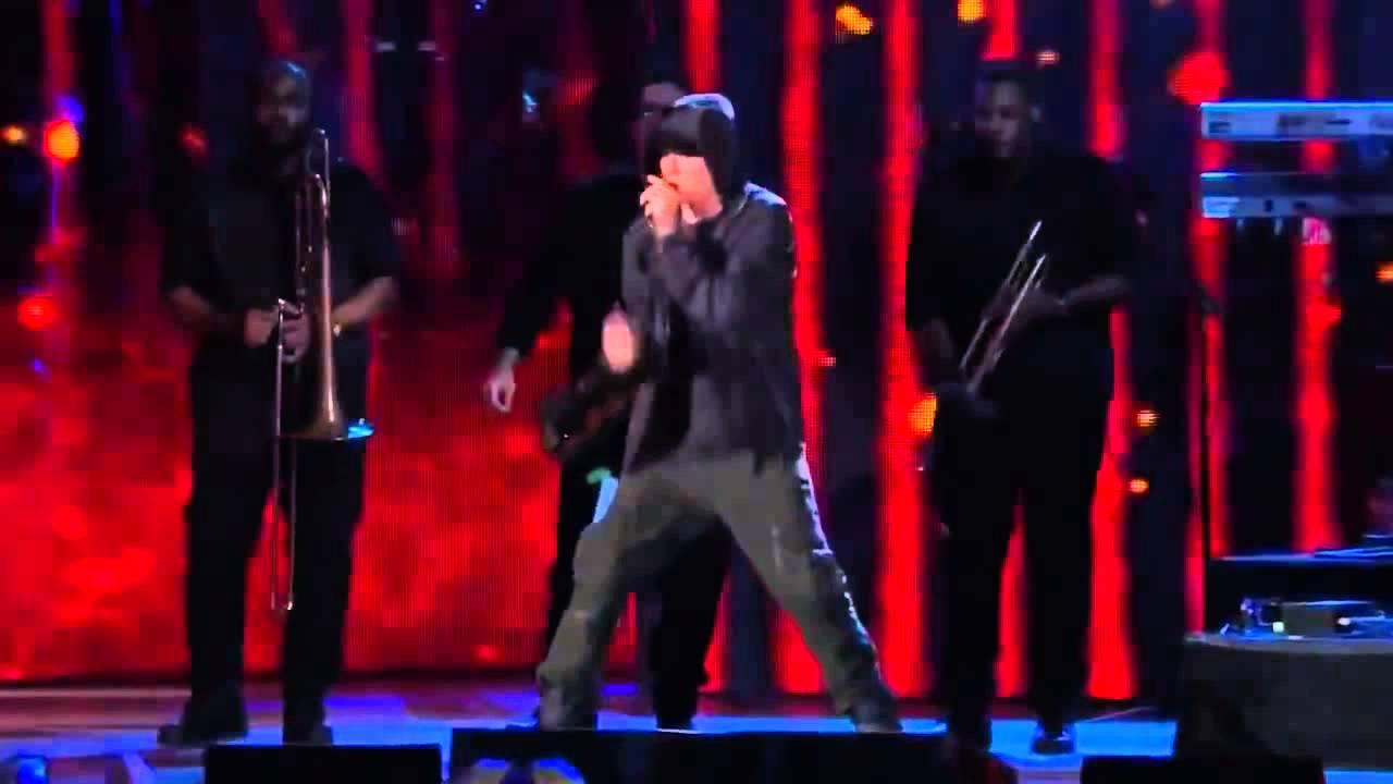 Eminem и rihanna the monster tour.