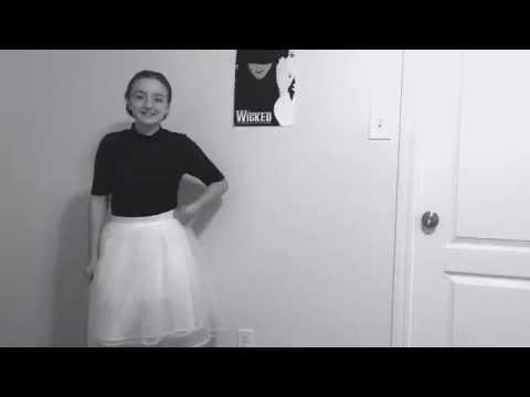 Halloween costume (grace kelly )  sc 1 st  YouTube & Halloween costume (grace kelly ) - YouTube