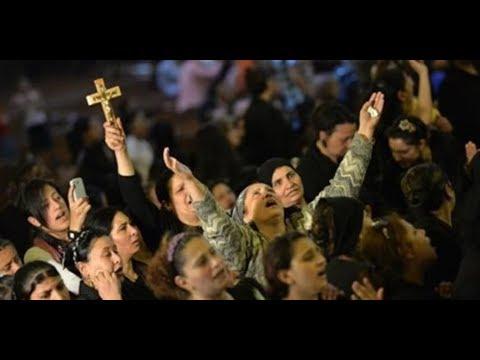 شموع ونذور وذبح خراف .. احتفالات الأقباط بمولد العذراء  - 22:54-2019 / 8 / 20