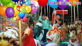 2 Anak Lucu Suka Naik Odong Odong Merry Go Round bentuk Hewan Lucu bersama Teman Teman