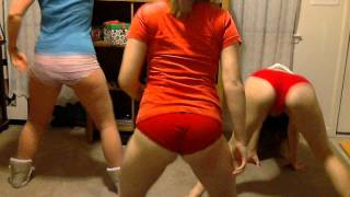 Shake that monkey twerkin video